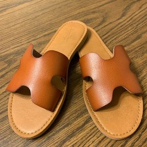 Universal Thread Slide On Sandals